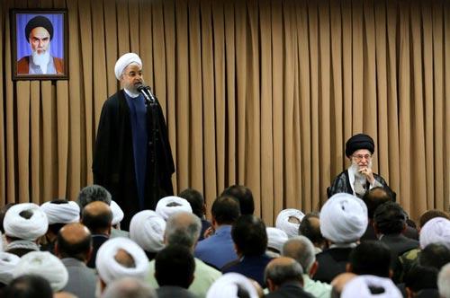 الإمام الخامنئي: تصوّر خاطئ بأنه يمكن أن نتفاهم مع أميركا،