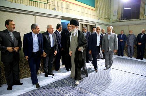 الإمام الخامنئي: مسؤولية الطرف المقابل في هذا الاتفاق تتثمل في الغاء الحظر