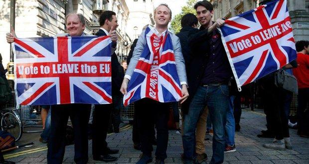 النفط يهبط مع تصويت البريطانيين لصالح الخروج من الاتحاد الأوروبي