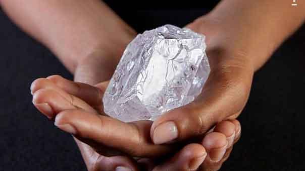 ثاني أكبر قطعة ألماس خام في العالم لم تجد من يشتريها