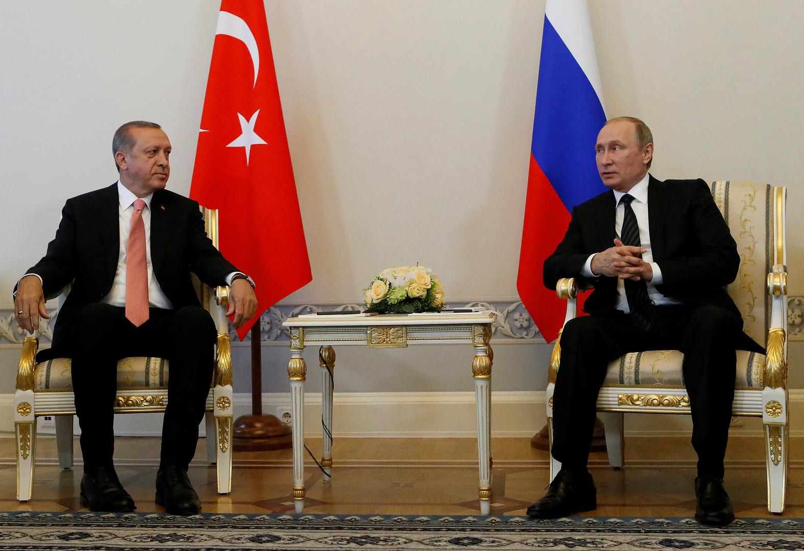 الرئيس الروسي ونظيره التركي في بطرسبورغ