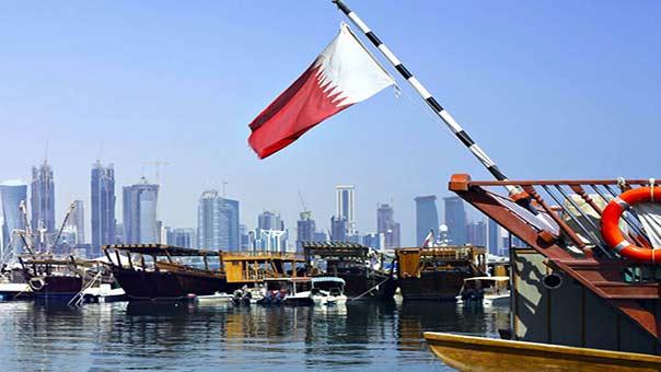 قطر تتقشّف وتحدّ من سفر المسؤولين على الدرجة الأولى