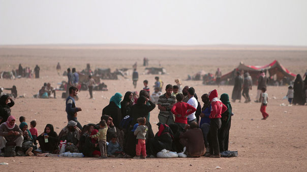 """""""داعش"""" يحتجز عشرات آلاف المدنيين كدروع بشرية في الموصل"""