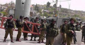 الاحتلال الإسرائيلي يقتحم منزل شهيد ويستولي على مركبة ذويه في سعير بالخليل
