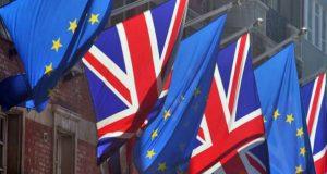 نواب بريطانيا يؤكدون دور البرلمان في اقرار اتفاقات بريكست خلافا لرغبة ماي