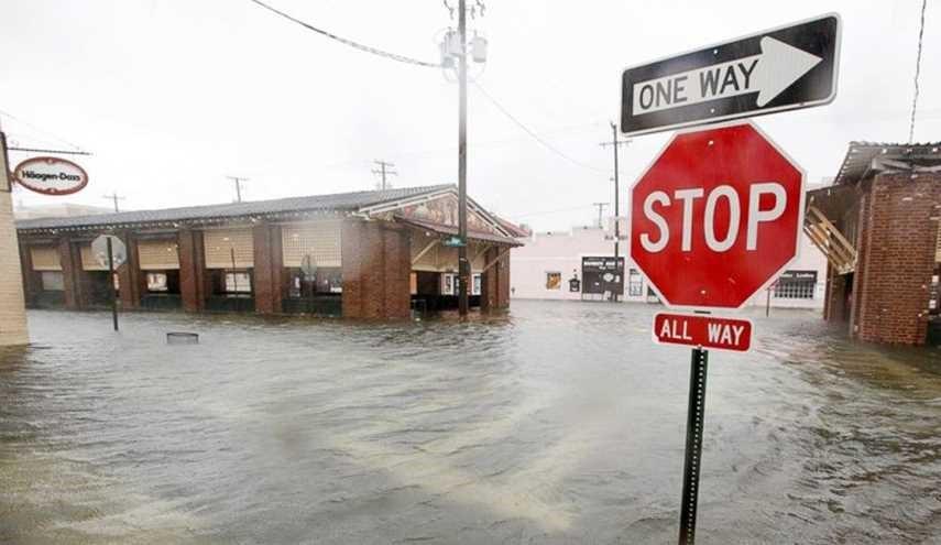 اعصار ماثيو يضرب الولايات المتحدة