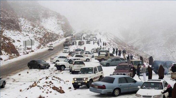 saudi-mountans-snow