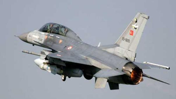 الطيران التركي يرتكب مجزرة جديدة ضحيتها 7 مدنيين شمال حلب