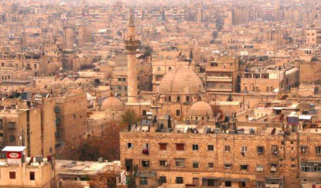 عودة 400 الف نازح سوري الى حلب