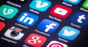 لمدمني مواقع التواصل الاجتماعي… احذروا الاكتئاب
