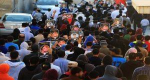 نظام البحرين يُمعن في جرائمه: دعوات للنفير العام والبحرانيون ينزلون الساحات تعبيراً عن الغضب