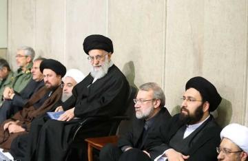 الامام الخامنئي يرعى مجلس العزاء على روح رحيل رفيق دربه الشيخ هاشمي رفسنجاني