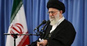 الإمام الخامنئي: سندعم اية مجموعة مقاومة ولا سبيل امام الفلسطينيين سوى الحفاظ على شعلة الكفاح