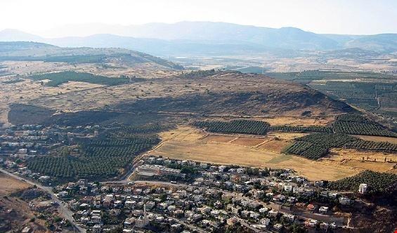 """إسرائيل """"تراقب بحذر"""" تقدم الجيش السوري في المناطق المحاذية للجولان"""