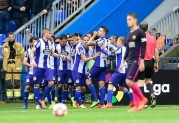 ديبورتيفو لاكورونيا يقهر برشلونة ويحقق المفاجأة