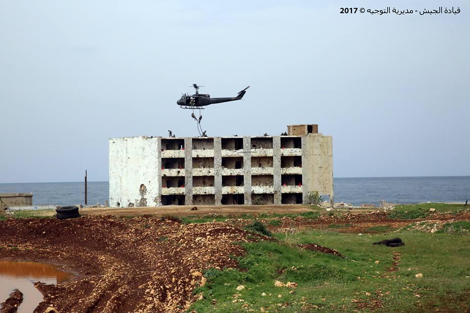 بالصور.. احتفال تخريج عناصر من وحدات الجيش اللبناني