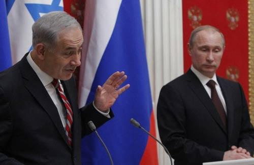 الرئيس الروسي فلاديمير بوتين ورئيس وزراء العدو بنيامين نتنياهو