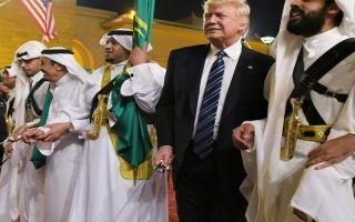 قمم الرياض: استقواء الضعيف بالضعيف