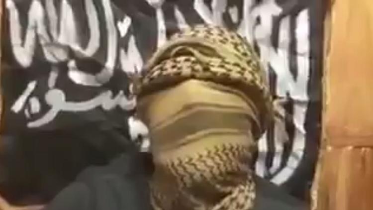 """بالفيديو: ملثم يعلن مسؤولية """"داعش"""" عن تفجير """"مانشستر أرينا"""""""