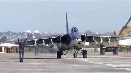أرشيف - مقاتلة روسية في قاعدة حميميم في اللاذقية