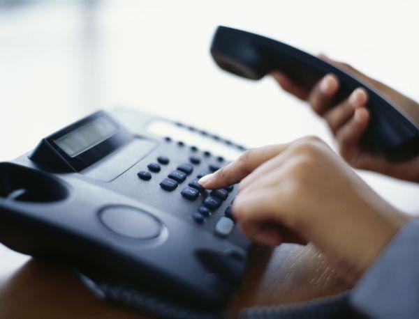 فيديو: الرئيس الأميركي يقاطع مكالمة هاتفية ليتغزل بصحافية!