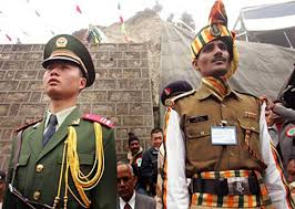 الصين تدعو الهند إلى سحب جنودها الذين عبروا الحدود بين البلدين