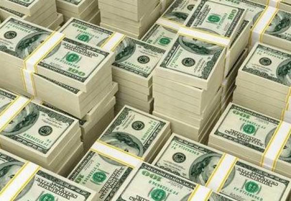 اختفاء الدولار من مصارف قطر