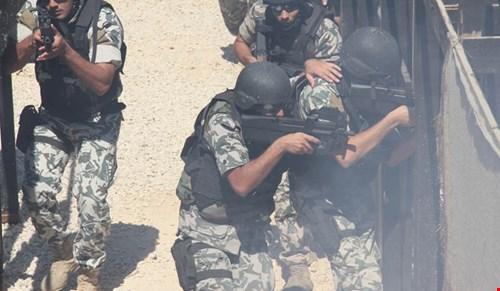 استخبارات الجيش تلاحق شبكات داعش الارهابية…. ومقتل مطلوب في برج البراجنة