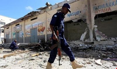 تفجير انتحاري أمام فندق في مقديشو