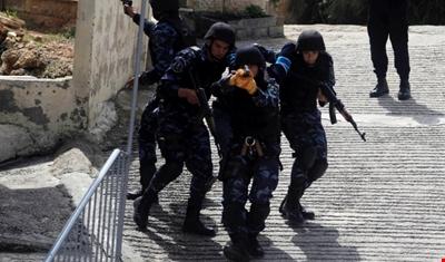 إصابة 35 فلسطينياً باعتداء قوات الاحتلال على جنازة مقدسي عند باب الأسباط