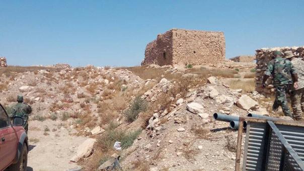'العهد' في جولة ميدانية تواكب عمليات الجيش السوري في ريف حمص الشرقي