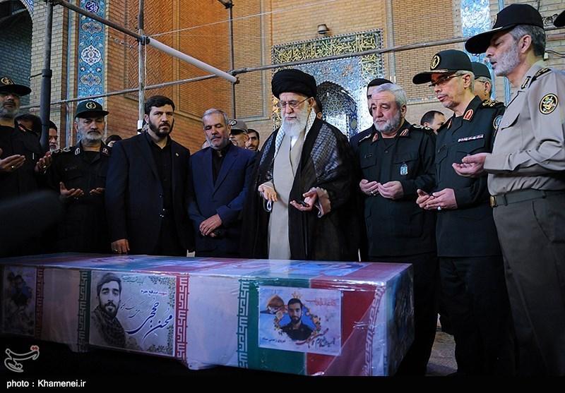 مراسم تشييع جثمان الشهيد حججي في طهران (صور)