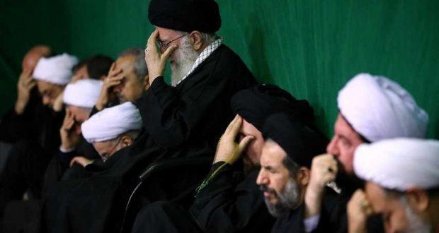 اقامة مراسم لیلة التاسع من العزاء الحسیني بحضور قائد الثورة