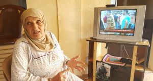 والدة الشهيد زهرمان: لن نهدأ حتى تتم محاكمة ابو عجينة وابو طاقية