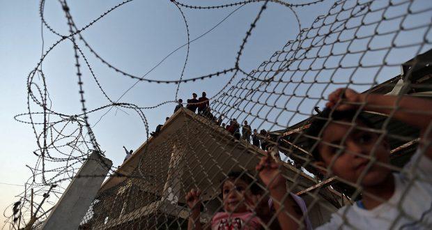 معابر غزة وحكاية العيش لـ 11 عاماً في الحصار