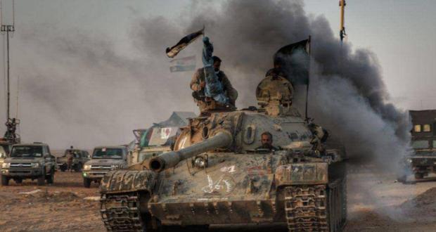 القوات العراقية تتقدم باتجاه القائم.. وداعش يفر إلى البوكمال السورية