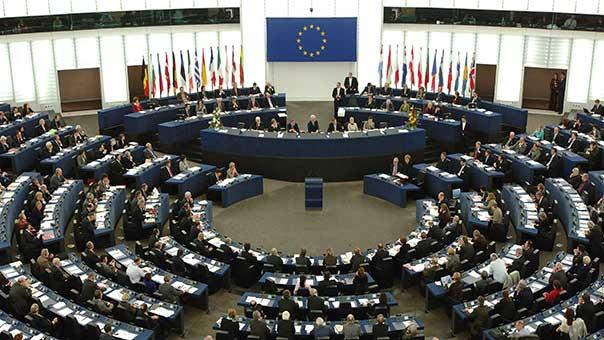 الاتحاد الاوروبي يتحرك: 'نحن بحاجة للاتفاق النووي مع الايرانيين'