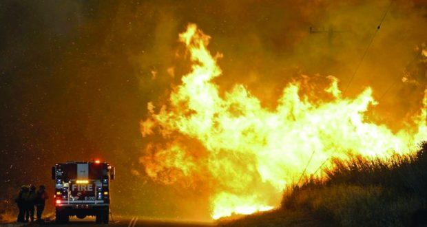 ارتفاع حصيلة حرائق كاليفورنيا الى عشرة قتلى