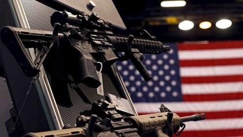 ضابط سوري يتهم واشنطن بتسليح داعش والنصرة