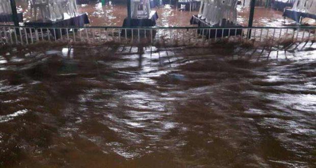 بالصور: السيول تجتاح مجرى نهر العاصي بالهرمل