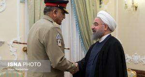 الرئيس روحاني:نرحب بتطوير التعاون الدفاعي والعسكري مع باكستان