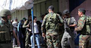 """""""إسرائيل"""" تعتقل عناصر من حماس في الضفة الغربية"""
