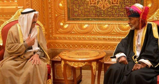 حملة سعودية إماراتية على حيادية الكويت وعًمان