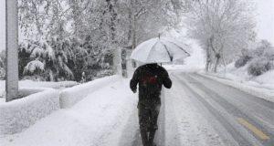 استعدوا.. طقس عاصف والثلوج تلامس الـ800 متر في هذا اليوم!